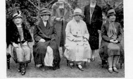 <p>Photo of 6 ex headmistresses taken at the 1928 Jubilee