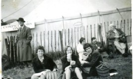<p>Yvonne Nichols, Anna Hughes, Jennifer Davies break for lunch at the Llangollen Eisteddfod in 1963.