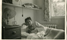 Helen in her room - quite compact and comfortable <br>