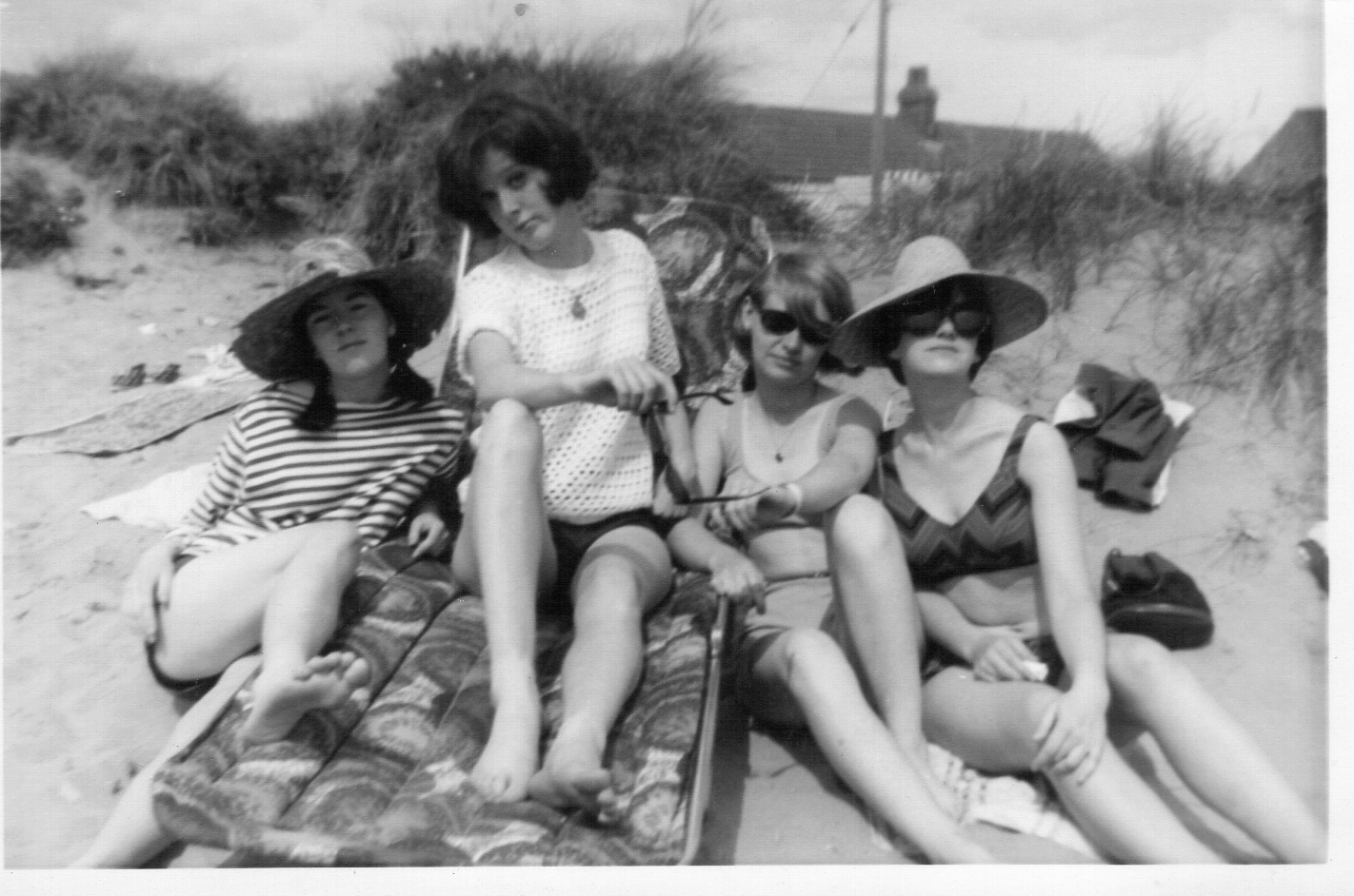 Summer 1965 Fairbourne - outing