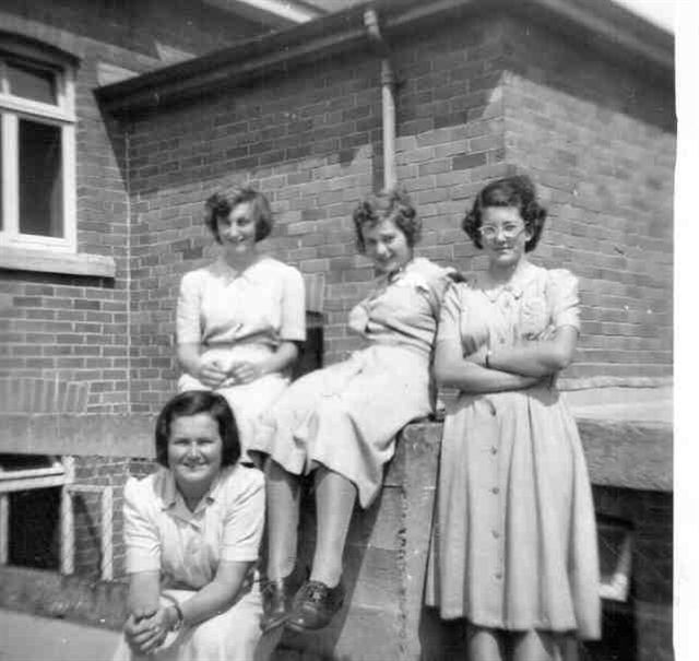 Photograph of 6th formers on roof, summer 1953