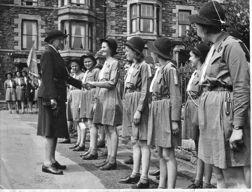 Girl Guides photograph, Cambrian News 1947