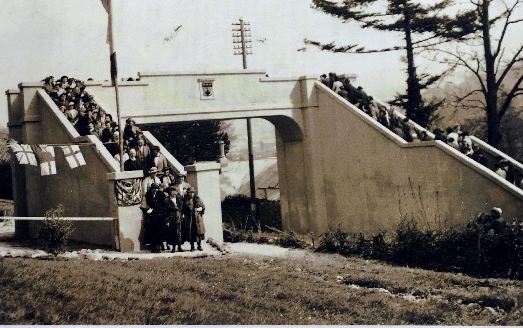 Opening of School Bridge, 1938