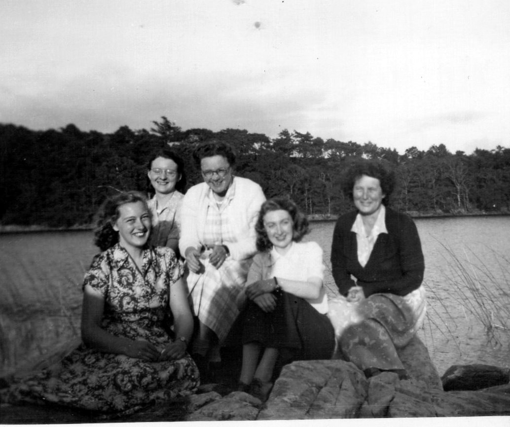 images/Music_Staff_July_17_1951_l-r_Miss_Hill__MissCarrington_Jones_Mrs_Thomas__Miss_Cusick___Mrs_Cox._Choir___Orchestra_picnic_at_Cynwch_Lake..jpg